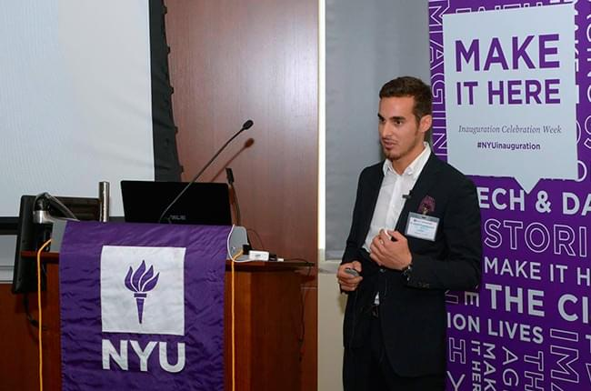 Dr. Simón Pardiñas gave a lecture at the New York University College of Dentistry in celebration of the 15th Annual Implant Alumni Symposium