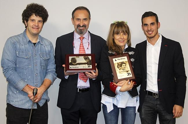 Touriñán, José Pardiñas, Carmen López y Simón Pardiñas en el 30 aniversario de Clínica Dental Pardiñas