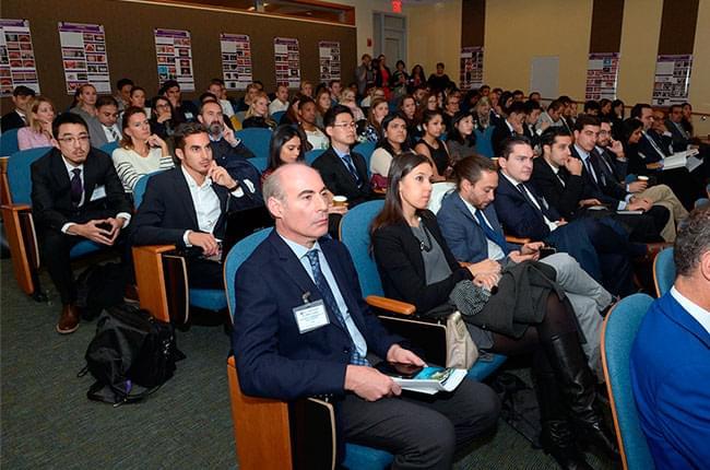 15º Simposio Anual de Antiguos Alumnos de Implantología en la Facultad de Odontología de la Universidad de Nueva York