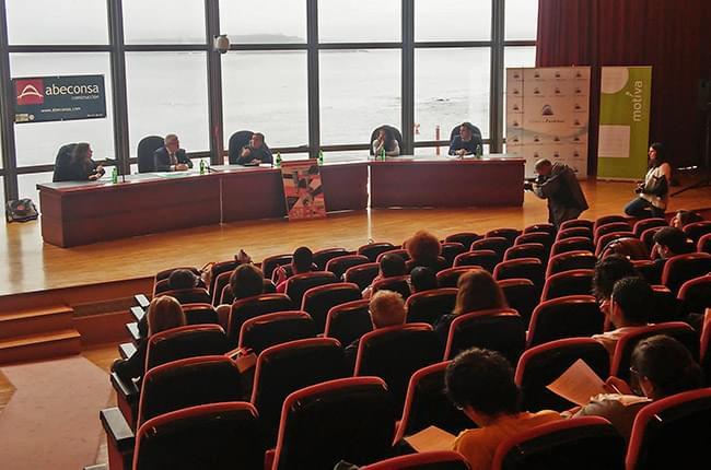 A Fundación Clínica Pardiñas participou o Congreso Internacional de Necesidades e Dereitos da Infancia celebrado na Coruña os días 19 e 20 de maio. Alí asistiu o Dr. Simón Pardiñas como relator e como representante da Fundación na conferencia sobre o Sistema Sanitario.