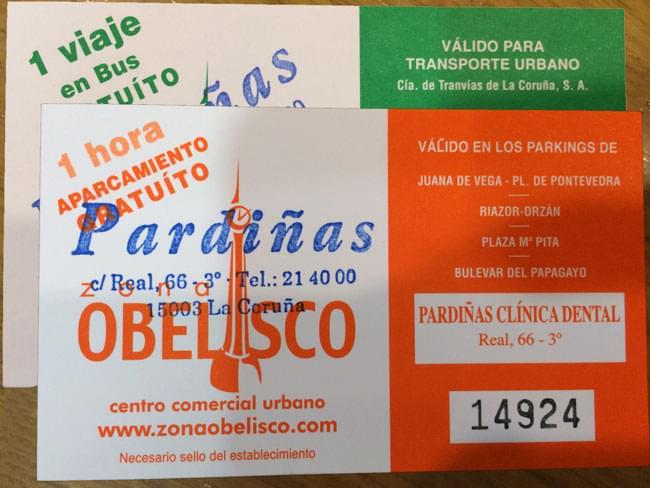 Aparcamiento y autobús gratis en A Coruña. Venga como venga a la Clínica Pardiñas, no pague por el transporte
