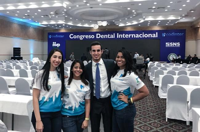 Dr. Pardiñas López, speaker at a dental congress in the Dominican Republic