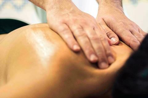 Servicios de fisioterapia en Clínica Dental Pardiñas - A Coruña