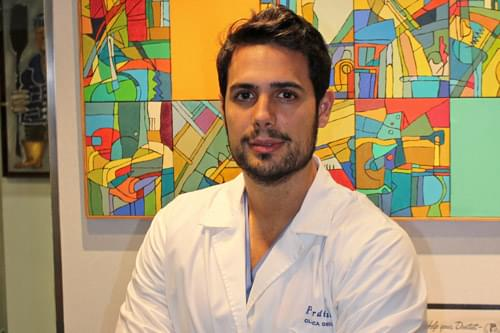 Dr. German Sebastian Sanchez joins the Dental Clinic Pardiñas, who will be responsible for Prosthetics and Dental Aesthetics